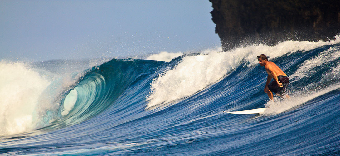 Philippines Top 25 Destinations: Surfing in Siargao Island